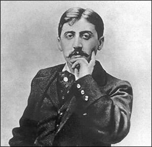 Quel petit gâteau déclenche un souvenir d'enfance chez Marcel Proust dès qu'il le mange ?