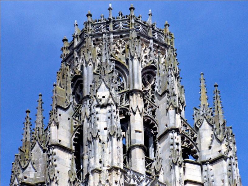 """Quelle cathédrale permet d'admirer sa """"Tour de Beurre"""" ?"""