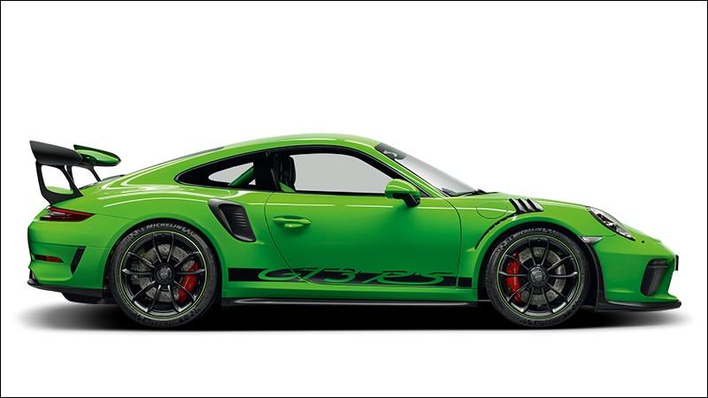 Laquelle n'est pas une Porsche ?
