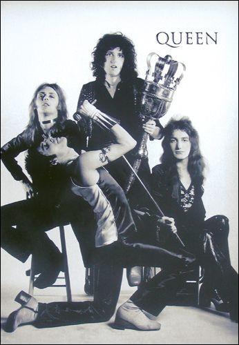 """""""Q"""" comme """"Queen"""". Parmi ces titres, lequel ne figure pas au répertoire de ce légendaire groupe de rock britannique ?"""