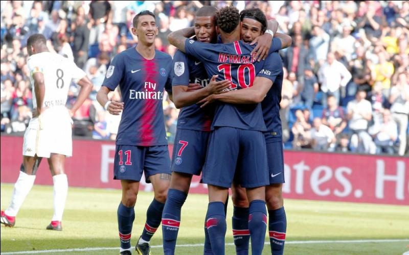 Quel joueur du PSG a été élu joueur du mois d'août de Ligue 1 ?