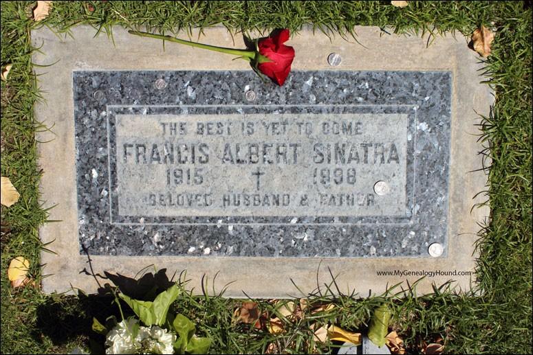 Frank Sinatra n'était pas bien grand (de taille) et sa tombe non plus. Qu'a-t-il fait inscrire sur le marbre ?