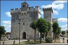 Pour cette première balade de Mai, je donne rendez-vous devant l'église Notre-Dame de Courçon. Commune de Nouvelle-Aquitaine, dans l'arrondissement de La Rochelle, elle se situe dans le département ...