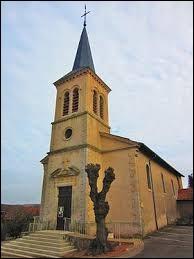 Vous avez sur cette image l'église Saint-Étienne de Solgne. Commune du Grand-Est, dans le pays Messin, elle se situe dans le département ...