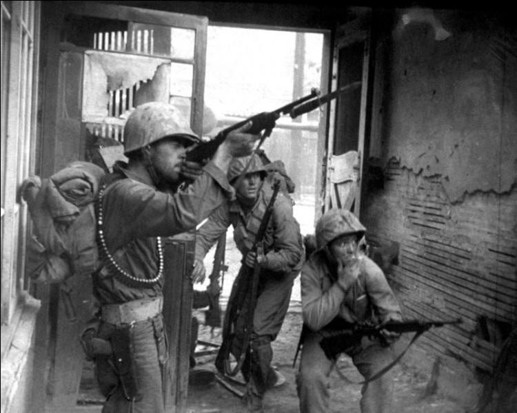 A quelle nation, les Etats-Unis s'opposèrent-ils lors d'une guerre entre 1950 et 1953 ?