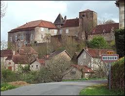 Aujourd'hui, notre balade commence en Occitanie, à Béduer. Commune de l'aire urbaine de Figeac, dans le Quercy, elle se situe dans le département ...
