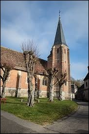Commune Euroise, Louye se situe en région ...