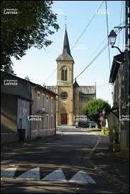 Je vous emmène en Lorraine, à Moineville. Village du Pays Haut, il se situe dans le département ...