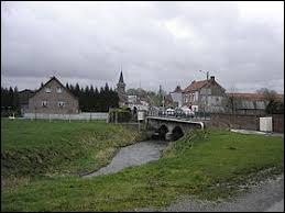 Nous sommes dans les Hauts-de-France, à Montay. Village de l'arrondissement de Cambrai, il se situe dans le département ...