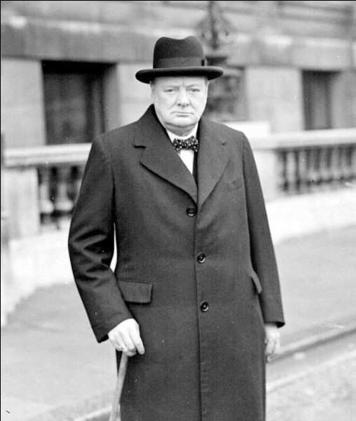 Qui est devenu le Premier ministre britannique en 1940 ?