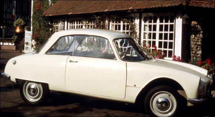 Ne cherchez pas : cette Citroën n'a été fabriquée qu'en Angleterre de 1959 à 64. Quel était son nom et le nombre d'exemplaires vendus ?