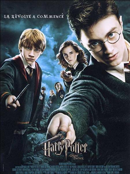 Qui sont les élèves qui vont aux Ministères sauver Sirius ?