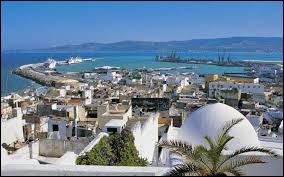 Dans quel pays se trouve la ville de Tanger ?