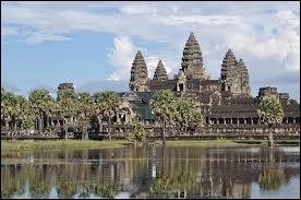 Dans quel pays peut-on admirer le temple d'Angkor ?