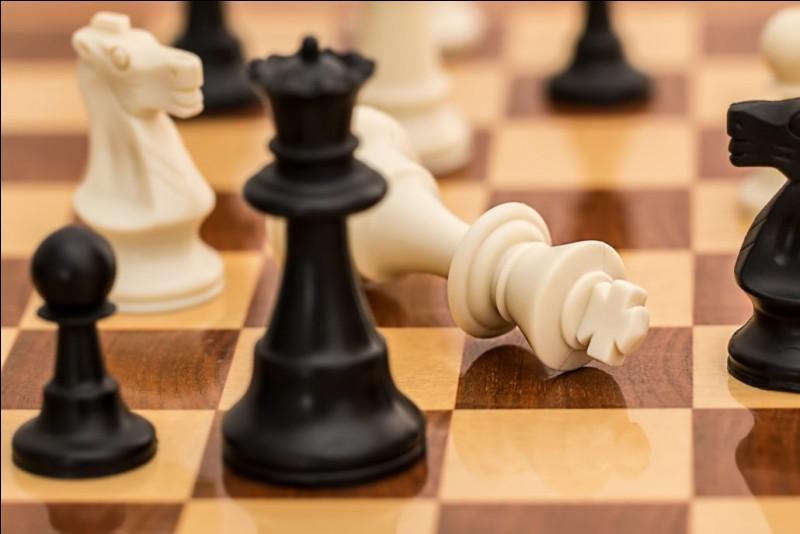 Aux échecs, combien de pièces peuvent bouger dès le premier mouvement ?
