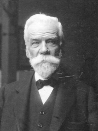 Chimiste et industriel belge, inventeur d'un procédé de fabrication de la soude, fondateur d'une importante entreprise de produits chimiques, c'est ...