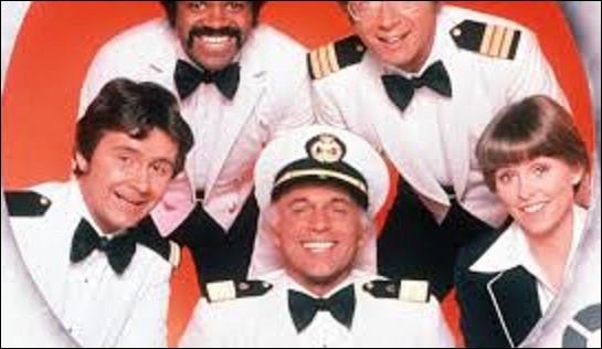 Séries télévisées - ''La Croisière s'amuse'' est une série américaine en 249 épisodes de 47 minutes qui fut tournée de septembre 1977 à février 1987. L'histoire se déroule sur un paquebot qui vogue sur l'océan Pacifique, où presque tout le monde cherche l'amour accompagné d'une équipe efficace et sympathique qui cherche à satisfaire au mieux les passagers. Quel nom porte ce bateau de croisière ?