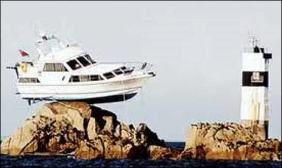 Chansons - ''Oh ! Mon bateau'' est une chanson de 1987 qui se vendit à un million d'exemplaires en France. Quel chanteur lyrique se fit connaître avec ce titre ?