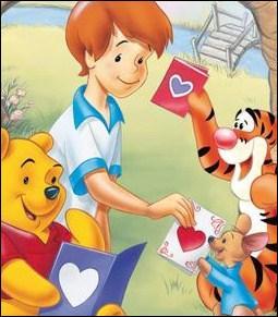 (Winnie l'ourson et le Grand voyage) Comment s'appelle le garçon qui vit au Pays des Rêves Bleus avec Winnie et ses amis ?