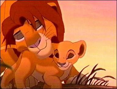 (Le roi lion 2, l'honneur de la tribu) Comment s'appelle la fille de Simba et Nala ?