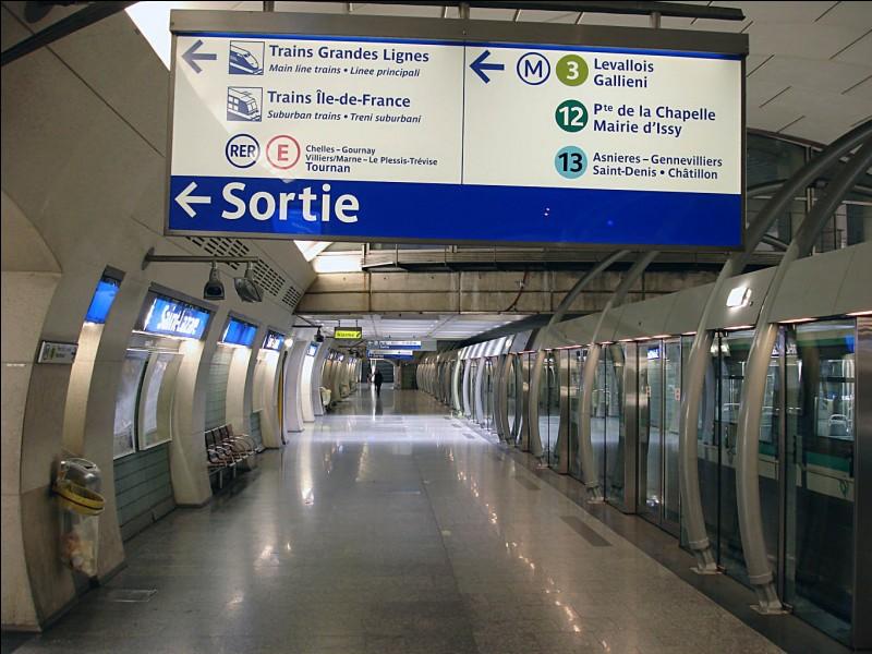 Laquelle de ces lignes ne dessert pas la station St-Lazare ?