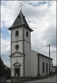 Aujourd'hui, notre balade débute dans le Grand-Est, devant l'église Saint-Quirin d'Ahéville. Petit village de 67 habitants, dans l'ancienne région Lorraine, il se situe dans le département ...