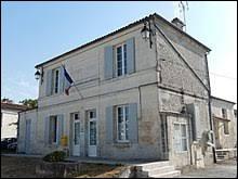 Je vous emmène en Nouvelle-Aquitaine, à Colombiers. Commune de l'agglomération de Saintes, elle se situe dans le département ...