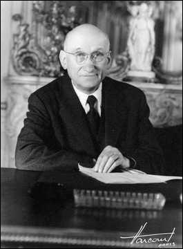 Robert Schuman est un ancien pharmacien.