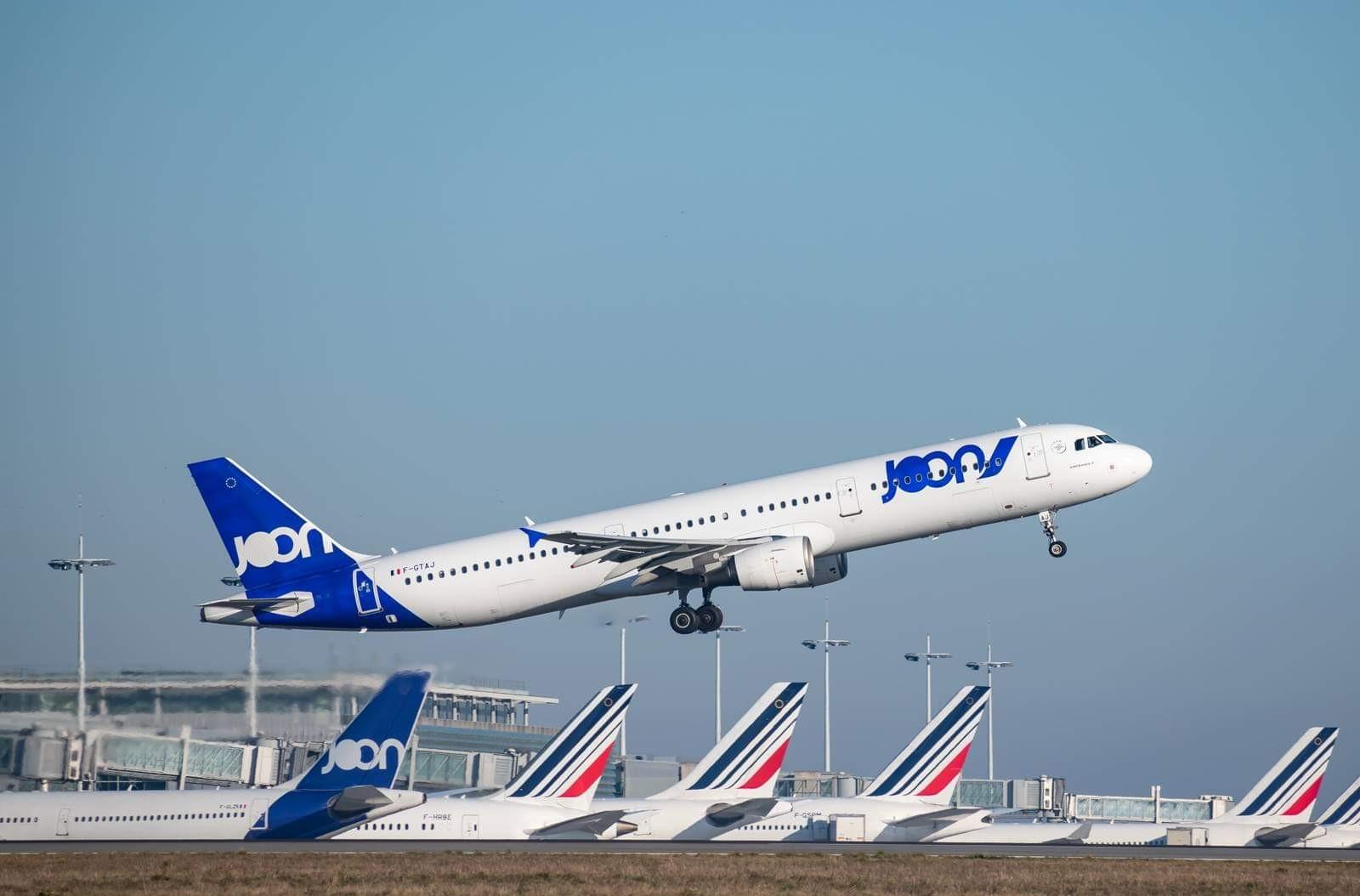 De quelle compagnie est l'avion ?