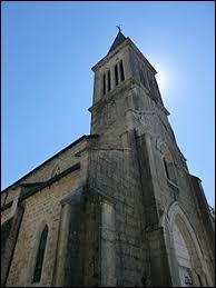 Nous sommes devant l'église de l'Annonciation de La Burbanche. Petit village de 71 habitants, en Auvergne-Rhône-Alpes (arrondissement de Belley), il se situe dans le département ...
