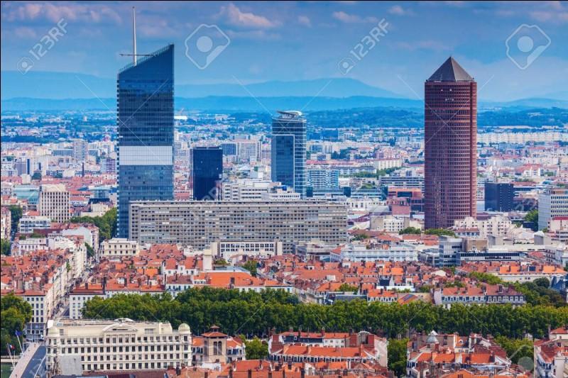 Décodez LXIXIndice : Le numéro départemental de la ville Lyon.