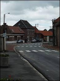 Nous partons dans les Hauts-de-France, à Cagnicourt. Commune de l'arrondissement d'Arras, elle se situe dans le département ...