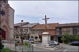 Village Tarn-et-Garonnais, Escazeaux se situe dans l'ancienne région ...