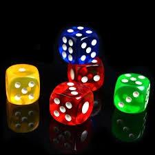 Quelle est la probabilité de jeter un dé et d'obtenir un six trois fois de suite ?