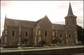 Nous sommes présent en Normandie devant l'église Saint-Pierre-ès-Liens de Fervaches. Ancienne commune de l'agglomération Saint-Loise, elle se situe dans le département ...