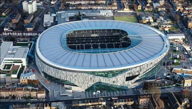 Quel est le nom du stade de Tottenham ?