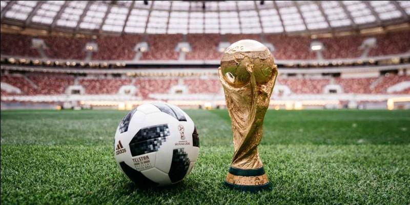 En quelle année a eu lieu la première Coupe du monde de football ?