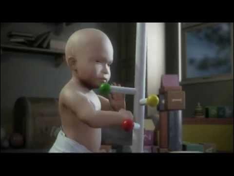 Pub Wilkinson : Bébé est ravi, maman le couvre de bisous, elle adore la douceur de sa peau, du coup papa finit par être jaloux, comment tout cela va-t-il se terminer ?