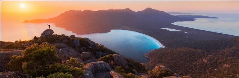 Entre quels océans se trouve l'Australie ?