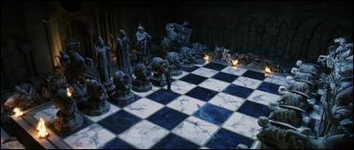 Quel pion était Hermione dans la partie d'échecs géants ?