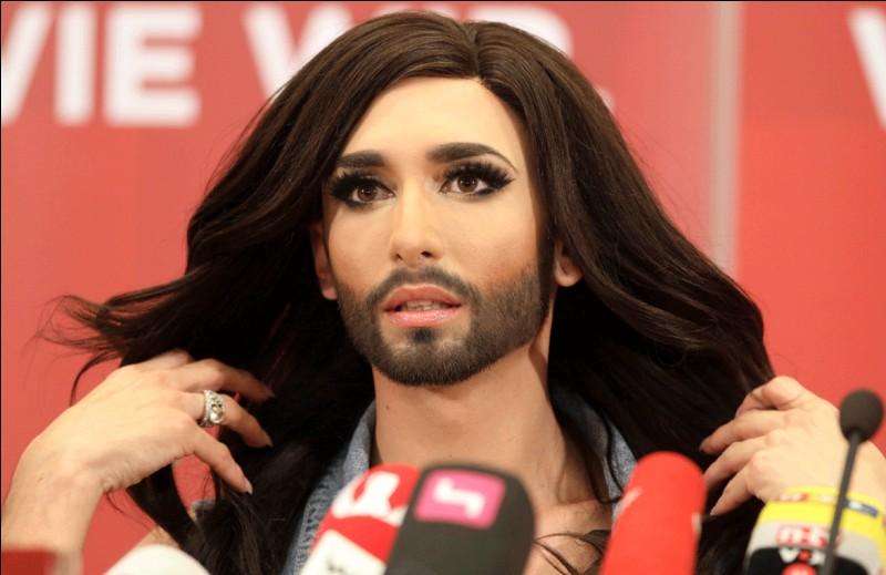 """Qui remporte l'édition 2014 de l'Eurovision avec la chanson """"Rise like a Phoenix ?"""