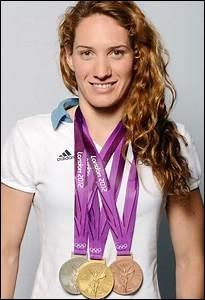 Elle a obtenu trois médailles olympiques en 2012 et est décédée en 2015...