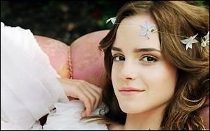 On la connaît comme Belle ou comme Hermione Granger...
