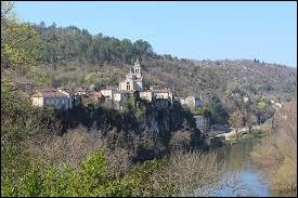 Je vous propose de partir en Occitanie, à la découverte de Parnac. Village viticole au cœur du vignoble de Cahors, il se situe dans le département ...