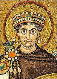 Que sait-on de l'empereur Justinien dans la série ?