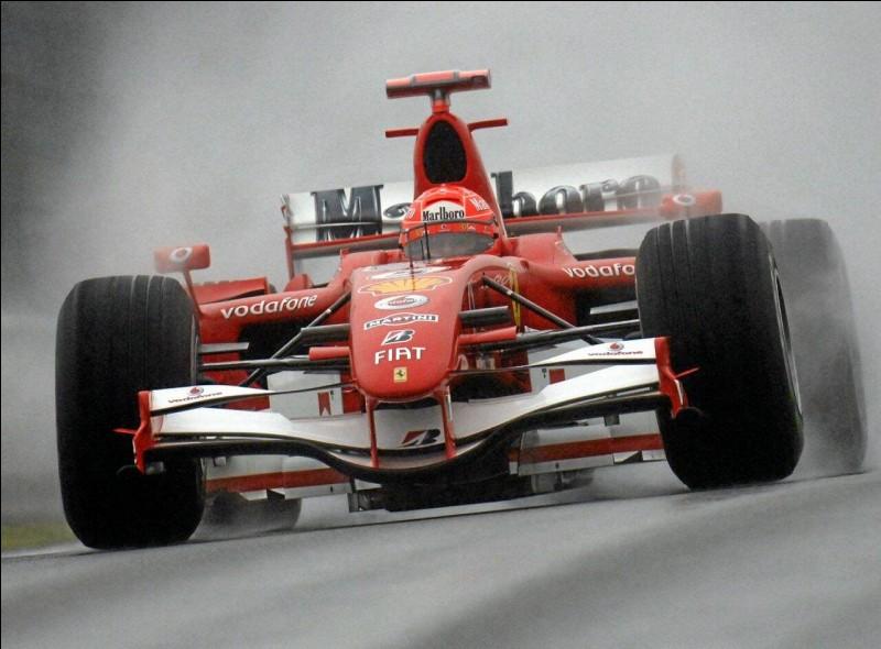 """Quel pilote automobile de Formule 1 était surnommé """"l'Ordinateur"""" ?"""