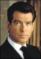 Pierce Brosnan incarna James Bond dans 4 films entre 1995 et 2002. Une clause dans son contrat stipulait que, pendant cette période, l'acteur n'avait pas le droit de...