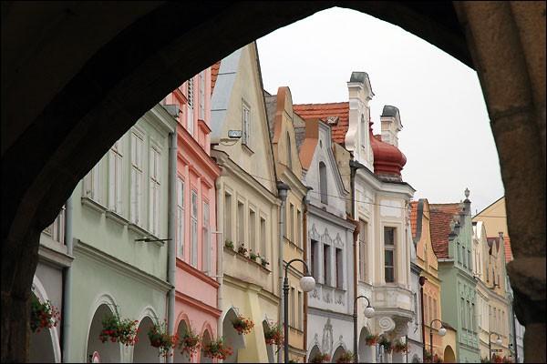 « [...] un robuste bûcheron a plus de valeur que toute l'actuelle intelligentsia tchèque. » Retrouvez l'entame de cette réflexion !