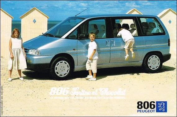 Avec un sobriquet pareille, les gamins vont pouvoir en mettre partout sur les sièges de cette Peugeot 806 !