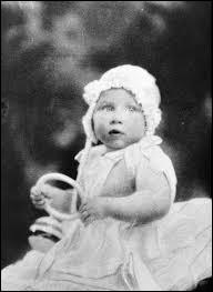Le 21 août 1930 fut un jour important pour la reine. Pourquoi ?